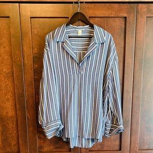 Flowy striped collar shirt!